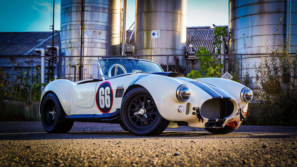 1965 Shelby Backdraft RT3 completed by Vintage Motorsports: NEW BACKDRAFT RT3 535HP VMS 427 FUEL INJECTION TKO PEPPER WHITE BLACK STRIPES